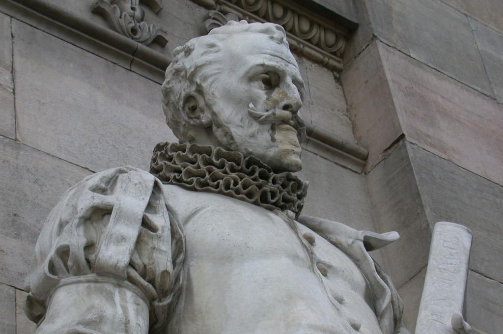 Monumento a Miguel de Cervantes - Banco de imgenes y sonidos del Ministerio de Educación